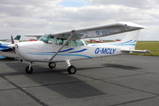 Aircraft Photo of G-MCLY | Cessna 172P | AirHistory.net