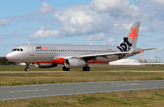 Aircraft Photo of VH-VQU | Airbus A320-232 | Jetstar Airways | AirHistory.net