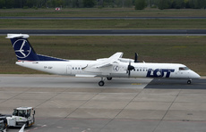 Aircraft Photo of SP-EQF | Bombardier DHC-8-402 Q400 | LOT Polish Airlines - Polskie Linie Lotnicze | AirHistory.net