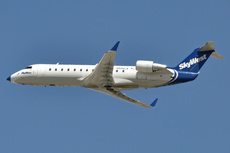 Aircraft Photo of N506CA | Canadair CRJ-200LR (CL-600-2B19) | SkyWest Airlines | AirHistory.net