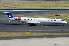 Aircraft Photo of EI-FPW | Bombardier CRJ-900LR (CL-600-2D24) | Scandinavian Airlines - SAS | AirHistory.net