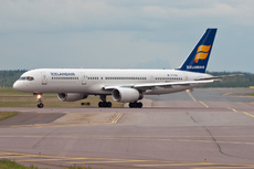 Aircraft Photo of TF-FIW | Boeing 757-27B | Icelandair | AirHistory.net #150176