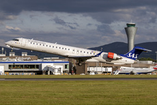 Aircraft Photo of EI-FPH | Bombardier CRJ-900LR (CL-600-2D24) | Scandinavian Airlines - SAS | AirHistory.net