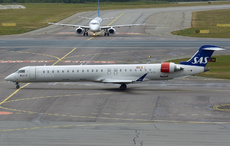 Aircraft Photo of EI-FPV | Bombardier CRJ-900LR (CL-600-2D24) | Scandinavian Airlines - SAS | AirHistory.net