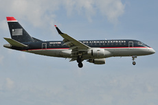Aircraft Photo of N802MD | Embraer 170SU (ERJ-170-100SU) | US Airways Express | AirHistory.net