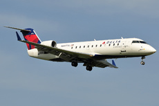 Aircraft Photo of N8977A | Bombardier CRJ-200ER (CL-600-2B19) | Delta Connection | AirHistory.net