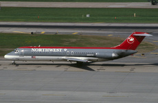 Aircraft Photo of N922RW | McDonnell Douglas DC-9-31 | Northwest Airlines | AirHistory.net