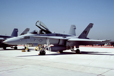 Aircraft Photo of 165173 | McDonnell Douglas F/A-18C Hornet | USA - Marines | AirHistory.net