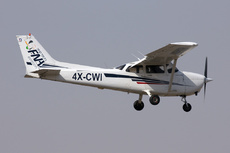 Aircraft Photo of 4X-CWI | Cessna 172S Skyhawk SP | FNA Aviation | AirHistory.net