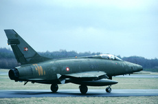 Aircraft Photo of G-303 | North American F-100D Super Sabre | Denmark - Air Force | AirHistory.net