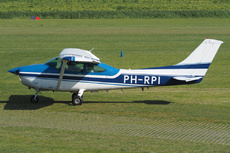 Aircraft Photo of PH-RPI | Cessna 182R Skylane | AirHistory.net