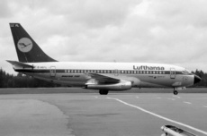 Aircraft Photo of D-ABFL | Boeing 737-230/Adv | Lufthansa | AirHistory.net