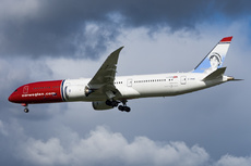 Aircraft Photo of G-CKWE | Boeing 787-9 Dreamliner | Norwegian Air Shuttle | AirHistory.net