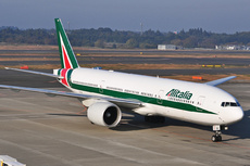 Aircraft Photo of EI-ISD | Boeing 777-243/ER | Alitalia | AirHistory.net