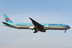 Aircraft Photo of HL8210 | Boeing 777-3B5/ER | Korean Air | AirHistory.net