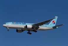 Aircraft Photo of HL7530 | Boeing 777-2B5/ER | Korean Air | AirHistory.net