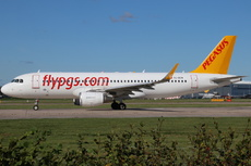 Aircraft Photo of TC-DCM | Airbus A320-214 | Pegasus Airlines | AirHistory.net