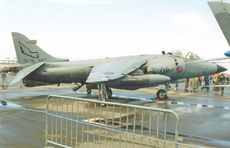 Aircraft Photo of ZE698 | British Aerospace Sea Harrier FRS1 | UK - Navy | AirHistory.net