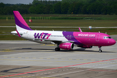 Aircraft Photo of HA-LYD | Airbus A320-232 | Wizz Air | AirHistory.net