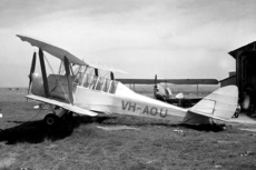 Aircraft Photo of VH-AOU | De Havilland D.H. 82A Tiger Moth | AirHistory.net #202678