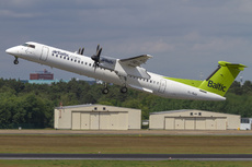 Aircraft Photo of YL-BAI | Bombardier DHC-8-402 | AirBaltic | AirHistory.net