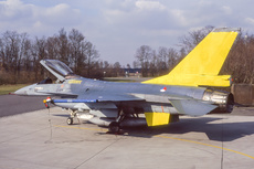 Aircraft Photo of J-255 | General Dynamics F-16A Fighting Falcon | Netherlands - Air Force | AirHistory.net