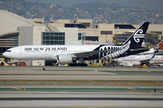 Aircraft Photo of ZK-OKC | Boeing 777-219/ER | Air New Zealand | AirHistory.net #208159