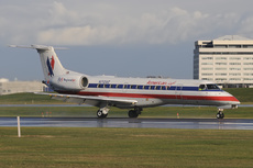 Aircraft Photo of N712AE | Embraer ERJ-135LR (EMB-135LR) | American Eagle | AirHistory.net #210411