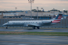 Aircraft Photo of N622AE | Embraer ERJ-145LR (EMB-145LR) | American Eagle | AirHistory.net #215131