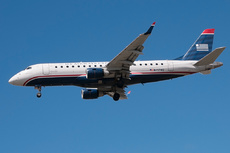 Aircraft Photo of N117HQ | Embraer 175LR (ERJ-170-200LR) | US Airways Express | AirHistory.net #218051