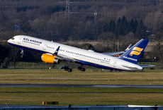 Aircraft Photo of TF-ISD | Boeing 757-223 | Icelandair | AirHistory.net #218249