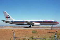 Aircraft Photo of N622AA | Boeing 757-223 | American Airlines | AirHistory.net #225121