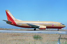 Aircraft Photo of N698SW | Boeing 737-317 | Southwest Airlines | AirHistory.net #225109