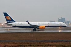 Aircraft Photo of TF-FIU | Boeing 757-256 | Icelandair | AirHistory.net #229761