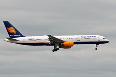Aircraft Photo of TF-ISJ | Boeing 757-256 | Icelandair | AirHistory.net #229621