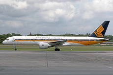 Aircraft Photo of 9V-SGM | Boeing 757-212 | Singapore Airlines | AirHistory.net #231420
