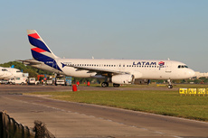 Aircraft Photo of LV-BRA | Airbus A320-233 | LATAM Airlines | AirHistory.net #255000