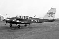Aircraft Photo of OY-FAV | Piper PA-23-250 Aztec B | Brüel & Kjær | AirHistory.net #263401