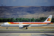 Aircraft Photo of EC-HAC | Airbus A321-211 | Iberia | AirHistory.net #278762