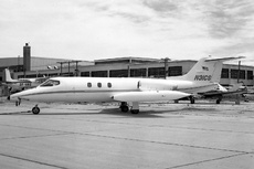 Aircraft Photo of N31CS | Gates Learjet 25C | AirHistory.net #286184