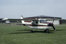 Aircraft Photo of PH-DOC | Cessna T210M Turbo Centurion II | AirHistory.net #340109