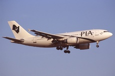 Aircraft Photo of AP-BEQ | Airbus A310-308 | Pakistan International Airlines - PIA | AirHistory.net #355973