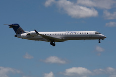 Aircraft Photo of N509MJ | Bombardier CRJ-701ER (CL-600-2C10) | United Express | AirHistory.net #362683